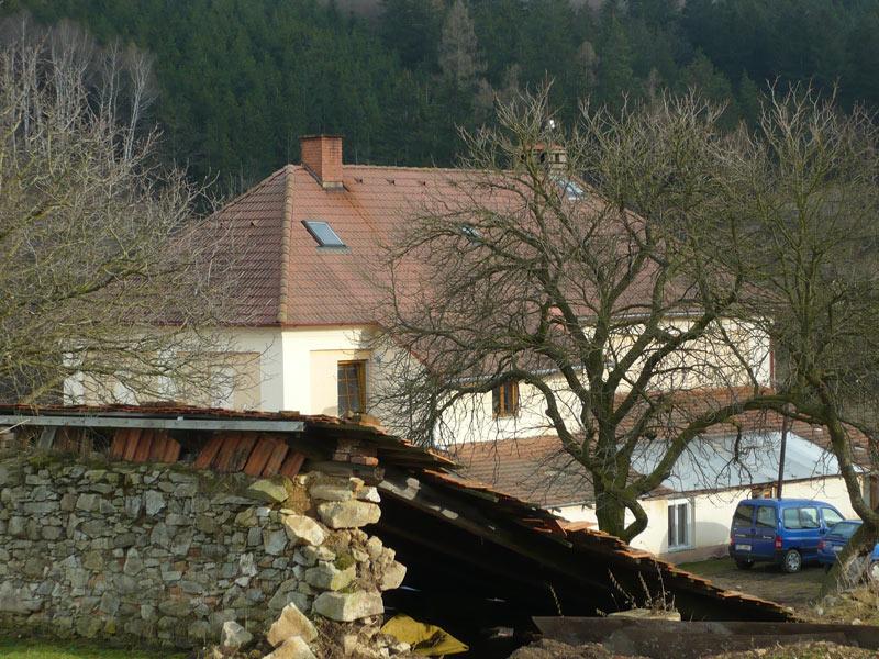 Czech-farm_Mar-2009_05