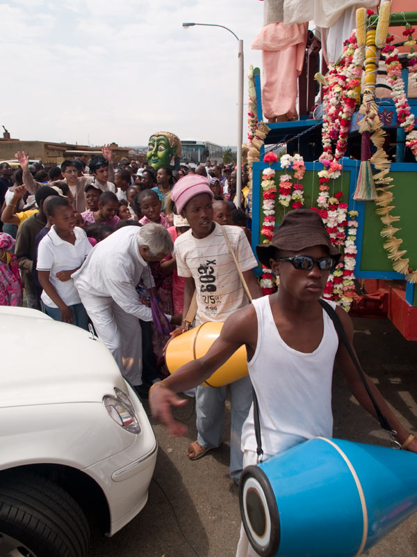 Ratha-Yatra_Soweto_2007_10