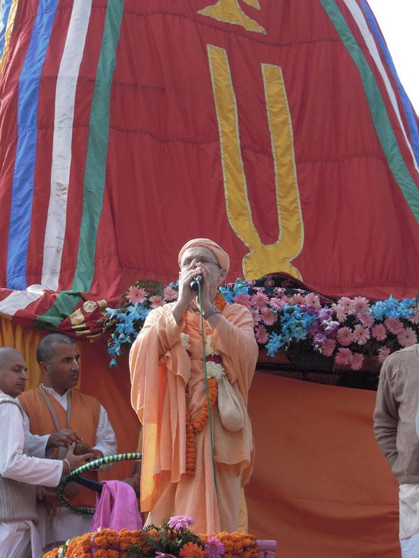 Ratha_Yatra_Chandigarh_2011_13