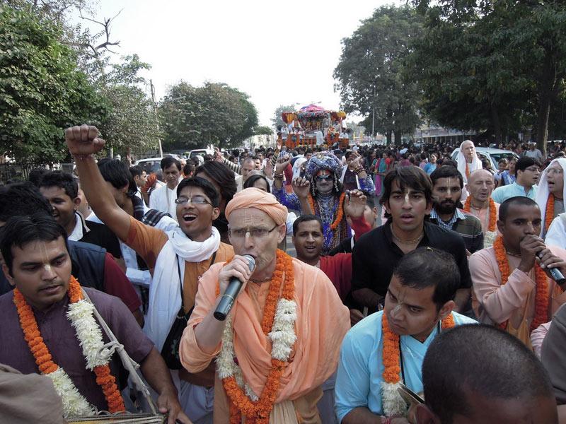 Ratha_Yatra_Chandigarh_2011_18