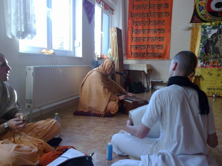 Sadhana-Retreat-2010_01