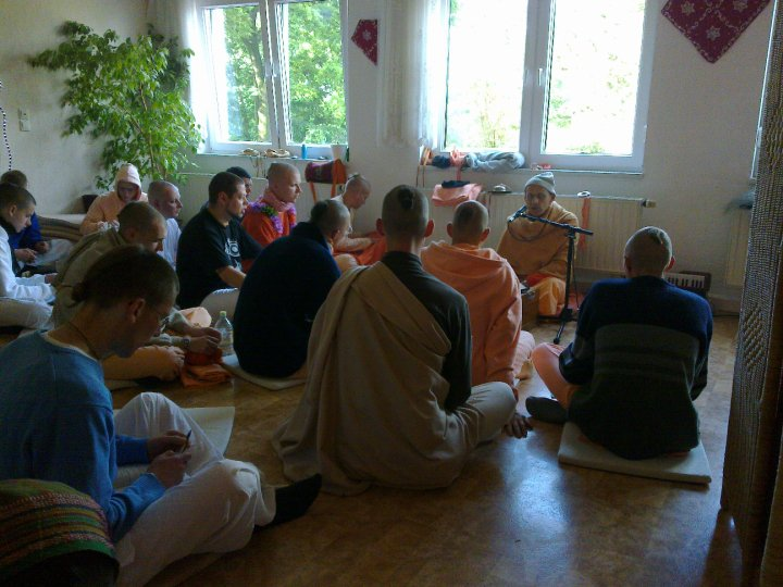 Sadhana-Retreat-2010_02