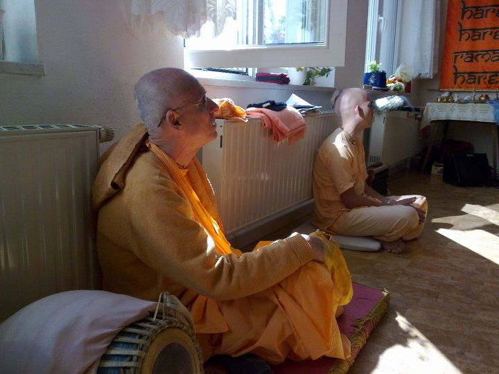 Sadhana-Retreat-2010_06