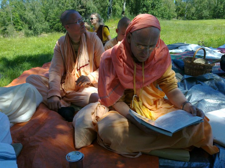Sadhana-Retreat-2010_11