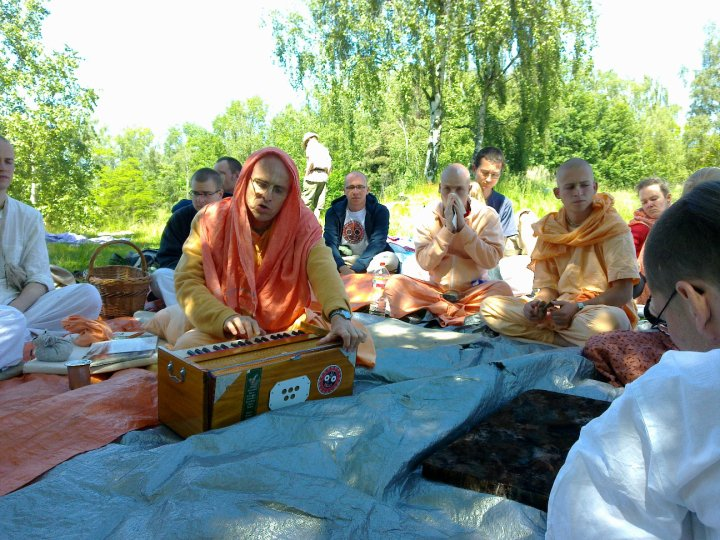 Sadhana-Retreat-2010_12