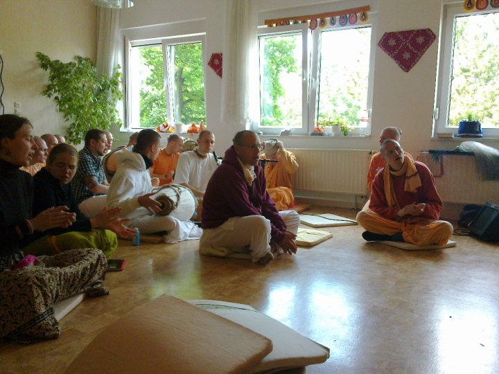 Sadhana-Retreat-2010_14