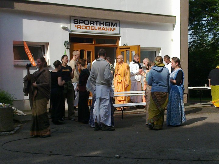 Sadhana-Retreat-2010_16