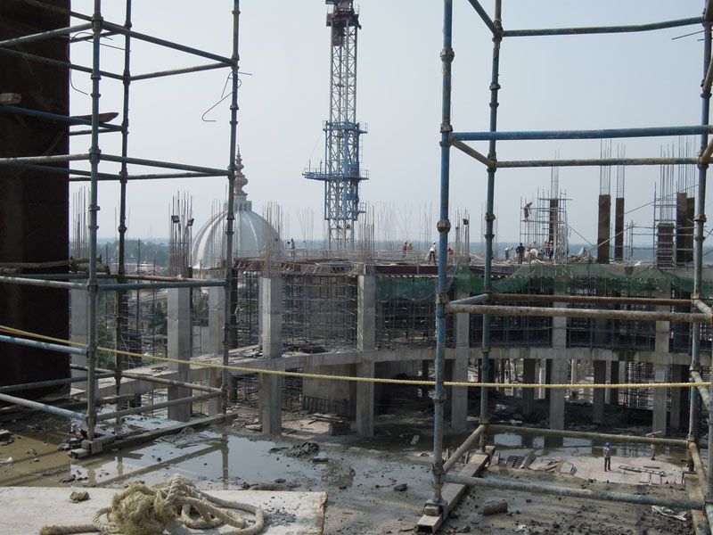 Mayapur_Temple_Construction_2011_09