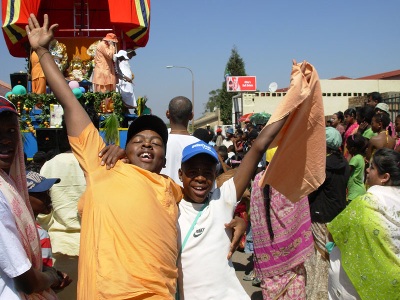 Rathayatra_Soweto-2010_11